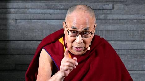 Tiibetin hengellinen johtaja Dalai lama syyskuussa Ruotsissa.