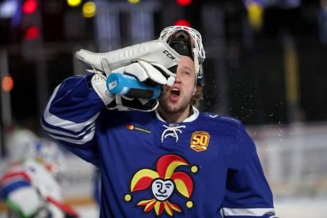 Karri Rämö ei pystynyt torjumaan Jokereille voittoa.