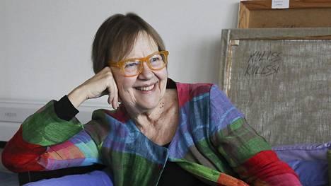 Runoilija Tua Forsström valittiin Ruotsin akatemian jäseneksi helmikuussa 2019.