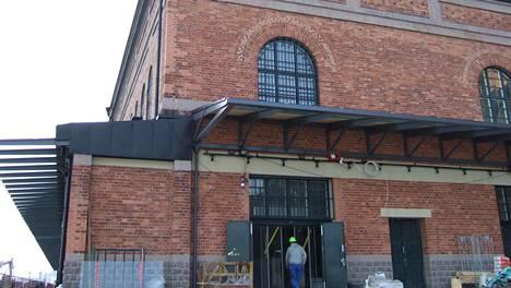 Valokuvataiteen museo Fotografiska sijaitsee Södermalmilla Tukholmassa. Kuva vuodelta 2010, jolloin museo avattiin yleisölle.