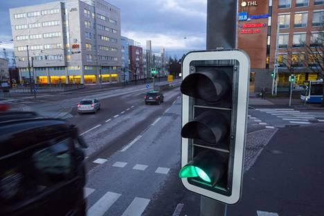 Vihreän aallon vauhdissa ajaminen voi helpottua uuden tekniikan avulla.