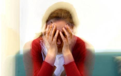 Eniten migreeniä esiintyy 25–55-vuotiailla naisilla. Naisilla migreeni on miehiä yleisempää ainakin osittain hormonaalisista syistä.