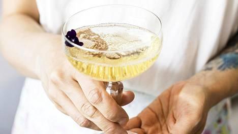 HS-testissä arvioitiin vappuun sopivia proseccoja. Mukaan otettiin kymmenen edullista juomaa, jotka löytyvät useimmista Alkoista.