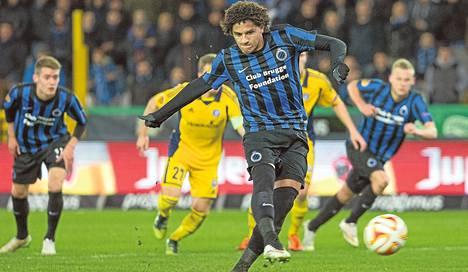 Bruggen Felipe Gedoz teki rangaistuspotkusta 1–0-maalin. Belgialaisjoukkue eteni Eurooppa-liigan pudotuspeleihin.