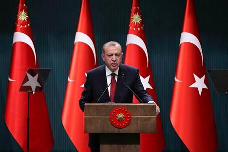 Turkin presidentti Recep Tayyip Erdoğan määräsi keskiviikkona, että maassa pidetään ennenaikaiset vaalit.