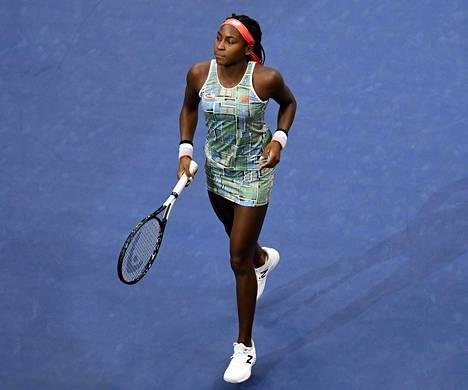 Amerikkalainen Coco Gauff voitti Linzissä ensimmäisen ammattilaisturnauksensa. Kuva kesän lopun US Openista.