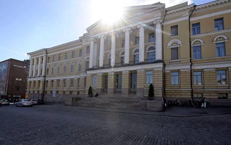 Helsingin yliopisto on alkanut lähettää kutsuja irtisanomiskeskusteluihin.