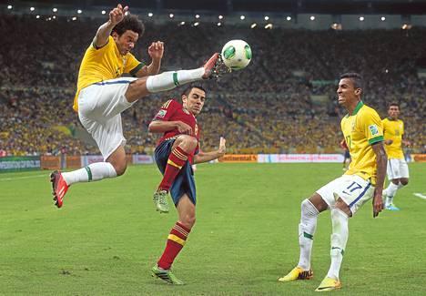 Marcelon Brasilia voitti Xavin Espanjan Konfederaatio-cupin finaalissa viime kesänä.