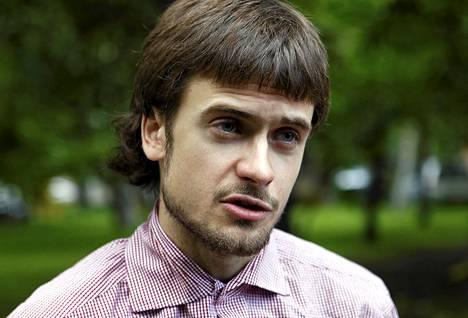 Tuomitun Pussy Riot -yhtyeen jäsenen Nadezha Tolonnikovan aviomies Pjotr Verzilov vahvisti, että maasta paenneet kaksi yhtyeen jäsentä olivat mukana kohua herättäneessä esityksessä.