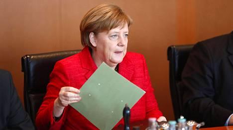 Liittokansleri Angela Merkel osallistui Saksan hallituksen kokoukseen Berliinissä keskiviikkona.