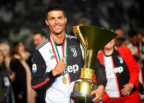 Juventuksen Cristiano Ronaldo juhli Italian-mestaruutta toukokuussa.