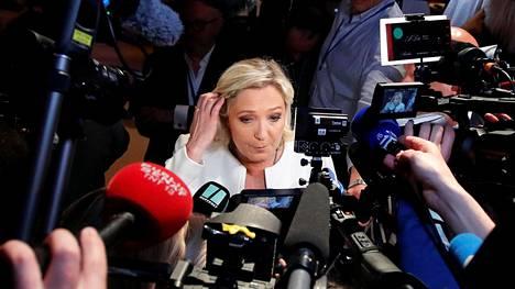 Marine Le Penin johtama äärioikeistolainen Rassemblement National oli eurovaaleissa Ranskan suurin puolue ja juhli tulosta voittona, mutta se menetti ääniosuuttaan edellisiin eurovaaleihin verrattuna.