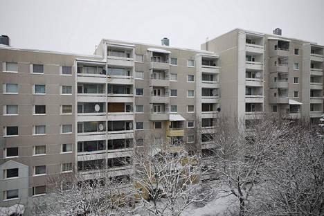 Suvelasta purettavat talot ovat 1970-luvulla rakennettuja Espoon kaupungin vuokrataloja.