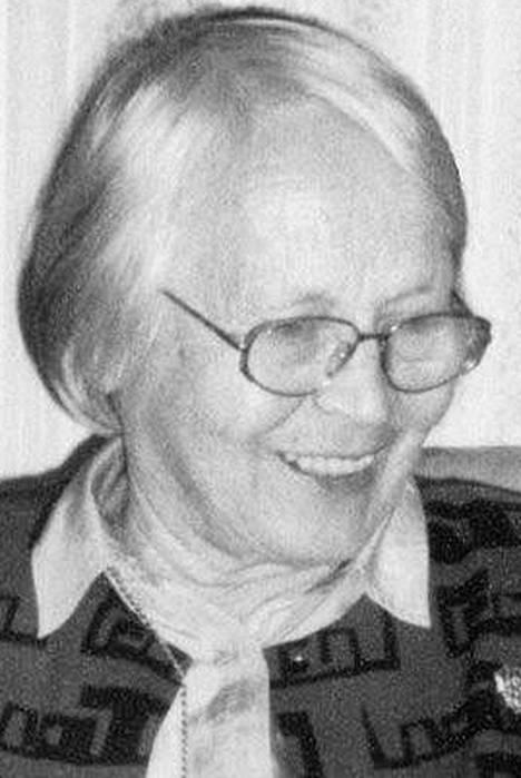 Suoma Jalkanen, apulais-<br />rehtori, talousopettaja<br />(1931–2013)