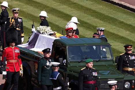 Land Rover -ruumisauto jolla Prinssi Philip kuljetettiin.