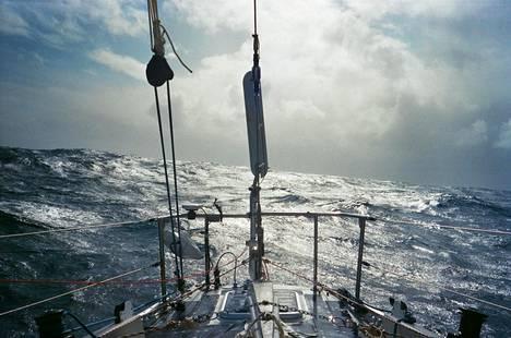 Näkymä Tapio Lehtisen veneen perästä ennen saapumista Tasmaniaan viime vuoden lopulla.