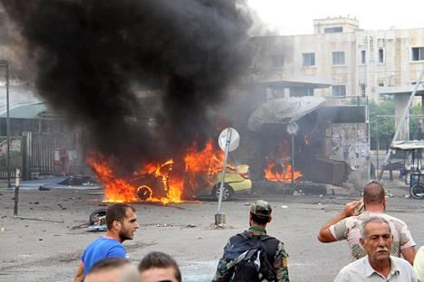 Pommi-iskun tuhoja Tartousissa Syyriassa.