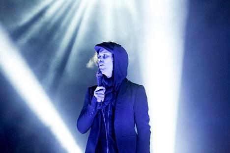 Ville Valo esiintyi HIM-yhtyeineen kesällä Tuurissa ja äskettäin Glasgow'ssa. Jäähyväiskiertue jatkuu Lontoon kautta Suomeen.