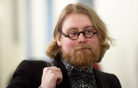 Tampereen yliopiston julkisoikeuden apulaisprofessori Pauli Rautiainen.