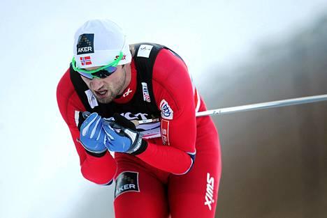 Petter Northug on sairas eikä saa kilpailla.