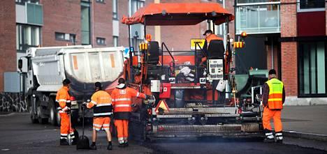 Helsingin käräjäoikeus tuomitsi viime vuonna rakennusyhtiö Lemminkäisen maksamaan asfalttikartellista vahingonkorvauksia yhteensä 66 miljoonaa euroa. Asian käsittely jatkuu hovioikeudessa.
