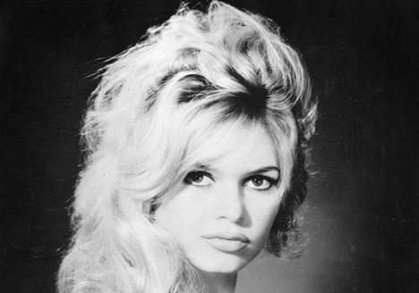 Brigitte Bardot  vuonna 1959. Takana oli jo elokuva . . . ja Jumala loi naisen (1956).