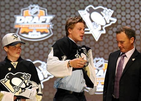 Pittsburgh Penguins varasi Kasperi Kapasen NHL:n varaustilaisuudessa ensimmäisellä kierroksella varausnumerolla 22.