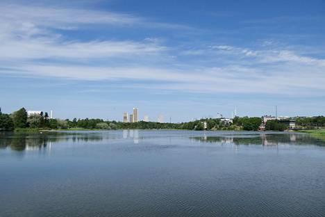 Trigonin kaukomaisemahavainnekuva Töölönlahdelta. Suunnitelmat ovat havainnekuvan jäljeen muuttuneet, ja torneista on tulossa nykyistä korkeampia ja mahdollisesti myös leveämpiä. Viiden sijaan torneja on neljä.