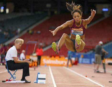 Katarina Johnson-Thompson Glasgown Timanttiliigan osakilpailussa tänä kesänä.