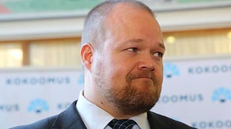 Puoluesihteeri Janne Pesonen