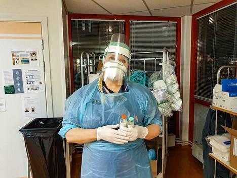 Sonja Aspinen työskentelee sairaanhoitajana Tukholman alueella.
