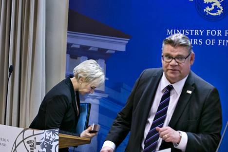 Ruotsin ulkoministeri Margot Wallström vieraili tiistaina Suomessa tapaamassa ulkoministeri Timo Soinia (ps).