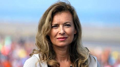 Ranskan presidentin Francois Hollanden kumppania Valérie Trierweileria odotetaan ensimmäiseen julkiseen esiintymiseensä Mumbaissa.