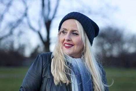 Maarit Hurmerinnan, 62, ura laulajana alkoi Love Recordsille tarjotusta nauhoitteesta vuonna 1972.