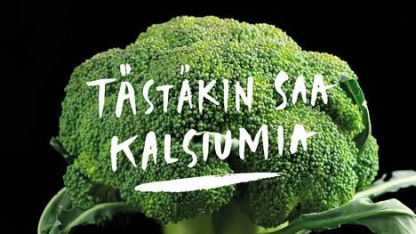 Esimerkiksi parsa- ja lehtikaalissa on kalsiumia.