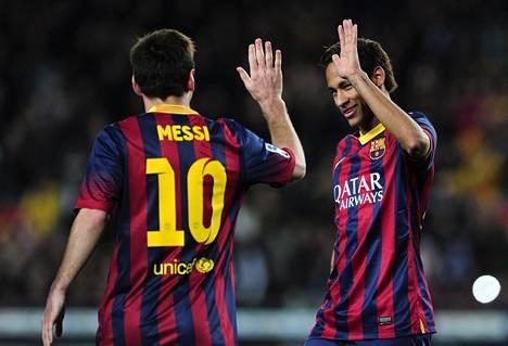 Barcelonan tähdet Lionel Messi (vas.) ja Neymar ovat kärsineet tällä kaudella loukkaantumisista. Kummankin pitäisi olla City-ottelussa pelikunnossa. Neymar ei todennäköisesti ole avauskokoonpanossa.