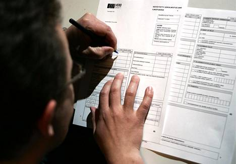 Jotkut yritykset ovat ilmoittaneet vuosi-ilmoituksilla työntekijöilleen huomattavia tuloja, vaikka taustalla ei ole aina oikeaa työntekoa. Seurauksena työntekijöille on tulossa merkittäviä veronpalautuksia.