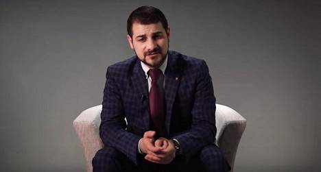 Hasan Alazawii joutui perjantaina sairaalaan. Kuvakaappaus Alazawiin Vapauta mielesi -projektin opetusvideosta.
