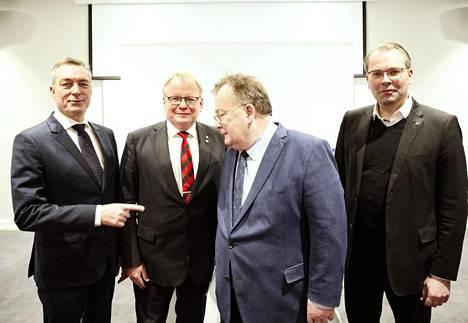 Norjan, Ruotsin, Tanskan ja Suomen puolustusministerit tapasivat Ruotsin Sälenissä. Vasemmalta oikealle: Frank Bakke-Jensen, Peter Hultqvist, Claus Hjort Frederiksen ja Jussi Niinistö.