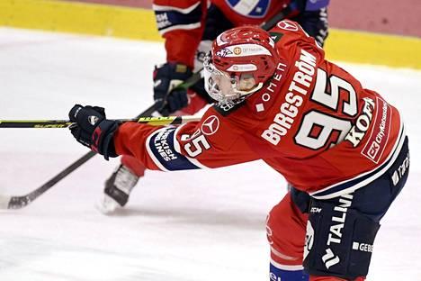 Henrik Borgström teki kaksi maalia ensimmäisessä erässä Ässiä vastaan.