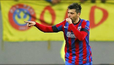 Steaua Bukarestin Raul Rusescu sai Gabriel Muresan kyynärpään kasvoihinsa ja  joutuu olemaan poissa peleistä vuoden loppuun asti.