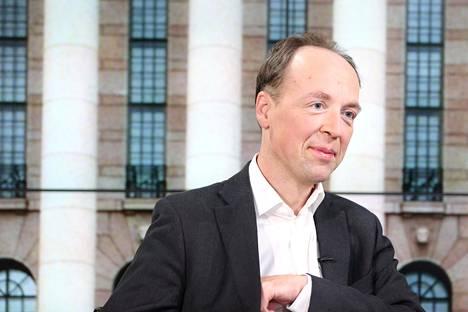 Jussi Halla-aho kertoi HSTV:n haastattelussa vuodenvaihteessa lähtevänsä todennäköisesti tavoittelemaan perussuomalaisten puheenjohtajuutta.