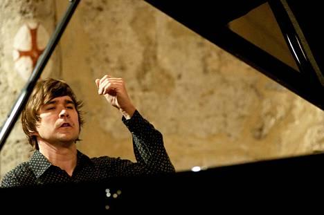 Pianisti Paavali Jumppanen.