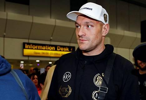 Tyson Fury saapui tiistaina Yhdysvalloista Manchesterin lentokentälle.