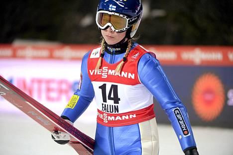 Julia Kykkänen ei jäänyt murehtimaan perjantain kilpailua.