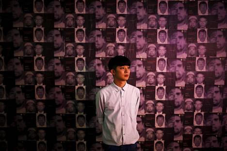Jirawut Ueasungkomsate bangkokilaisessa galleriassa.