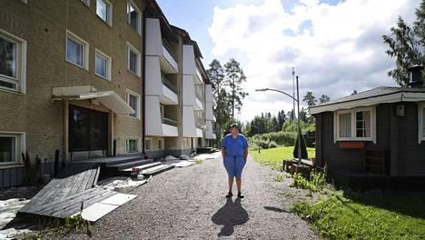 Entinen asukas Marko Honkonen hämmästyi kuullessaan jämsäläisen kerrostalon myyntihinnan.