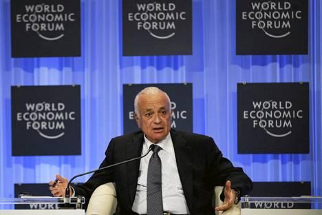 Arabiliiton Nabil Elaraby puhui maailman talousfoorumissa lauantaina.