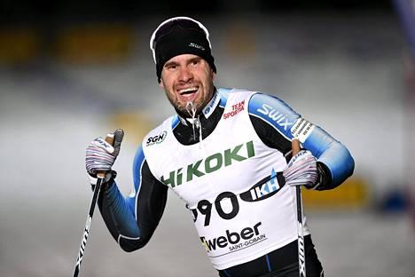 Lari Lehtonen pystyy kilpailemaan vain vapaalla hiihtotavalla. Vantalla hän sijoittui Suomen cupissa toiseksi.