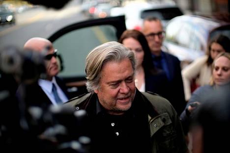 Steve Bannon toimi Donald Trumpin neuvonantajana presidentin virkakauden seitsemänä ensimmäisenä kuukautena.